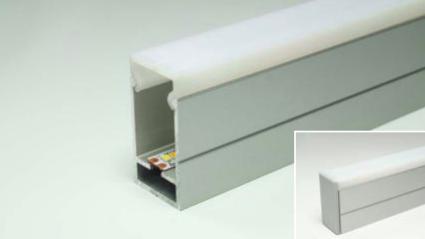 LED Leuchtenprofil WTU 16x30 Aufbau Alu EV1 incl. Abdeckung opal L:2500 mm