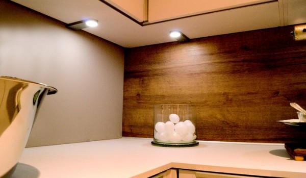 LED-LEUCHTE SIRIO, 5er Set, NW 12 V, inkl. Konverter und Fernbedienung
