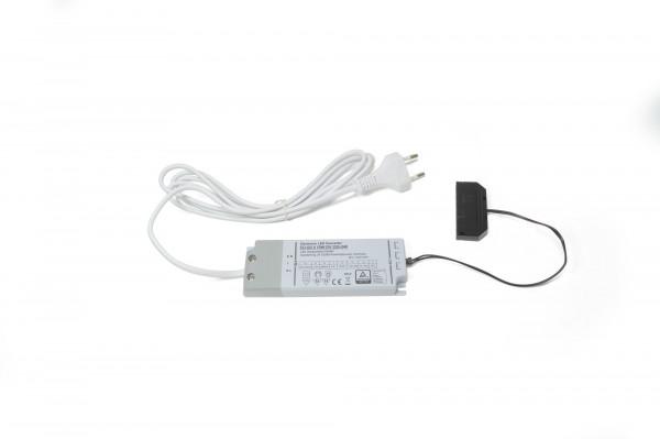 LED Konverter 230V/12V 15 W 16 mm 6-fach Verteiler 2 m. Zuleitung