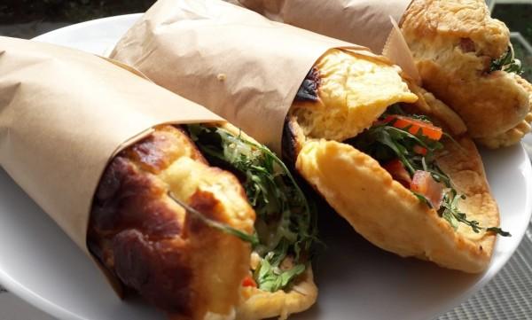 Omelett-mit-K-se-und-Paprika