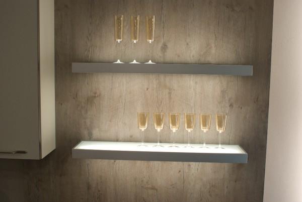 LED Wandregal Board Glasbodenleuchte Leuchtregal Regalleuchte Wandleuchte-Copy